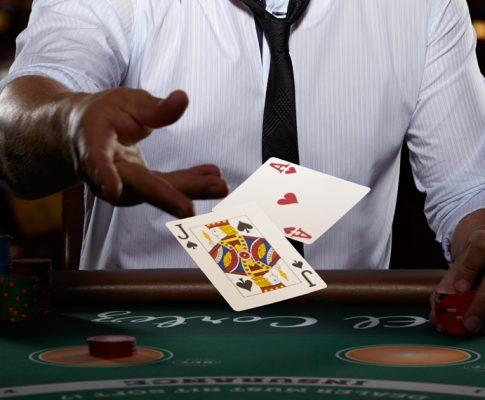 Kaardimängud – intelligentne meelelahutus!